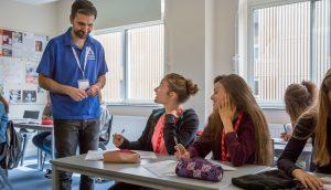 Brighton - kurs językowy - Almatramp